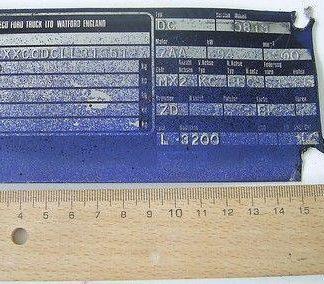 Ford Cargo 0813 Ersatzteile Teile Typenschild
