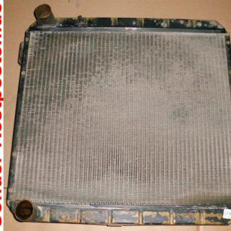 Ford Cargo 0813 Teile Kühler Wasserkühler GL061