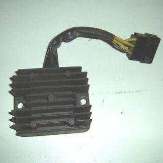Suzuki DR Big 750 SR41B Teile Lichtmaschinenregler